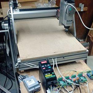 Woodworking.nl zelfbouw CNC project voor Open Dag Hout